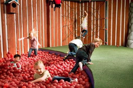 Ikea Smaland para niños