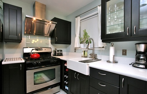 Cocina negra ikea mueblesueco for Cocina negra ikea