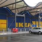 ¿Qué tiendas de Ikea abren el 12 de octubre de 2013?