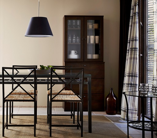 Ideas decoracion comedor ikea for Comedor con taburetes