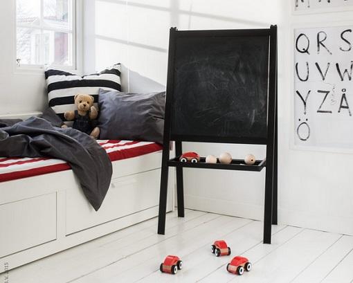 Ikea ninos pizarra